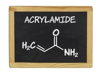 Akrilamidler